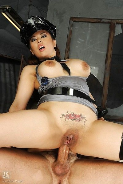 Largest busted Japanese police lady accepts owned hardcore by a hung prisoner
