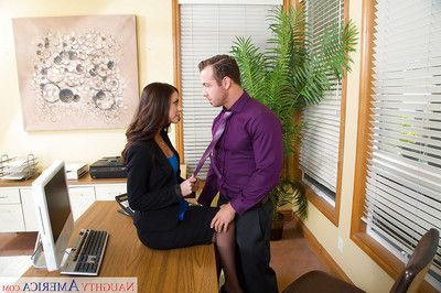 Office whore Whitney Westgate fascinating clemency of business with a dick sucking
