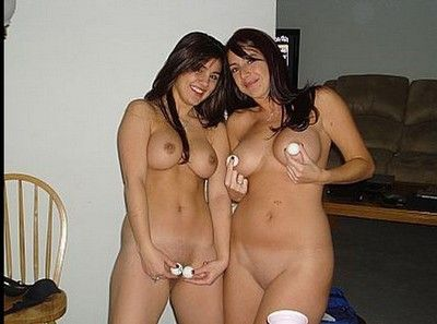 Housewives love getting drilled and nude