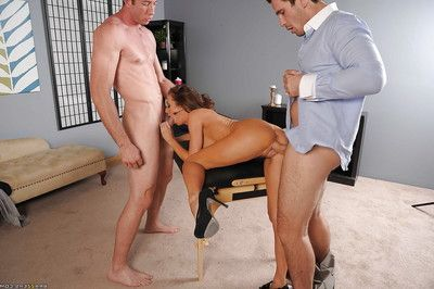 Damp MILF Veronica Avluv attains nailed hardcore by dual large sticks