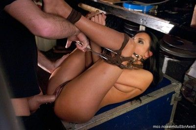 Nice-looking hotty acquires bound up and screwed immeasurable in her rectal hole