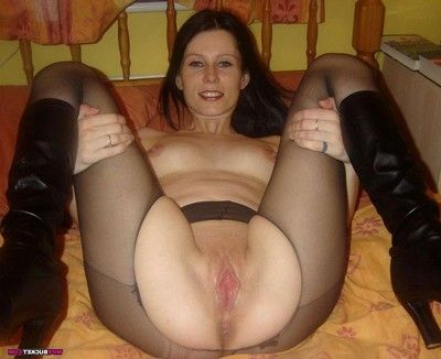 Real young milf love making act fotos