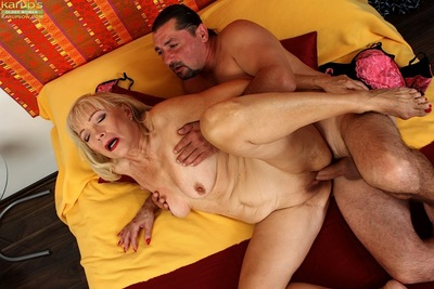 Hardcore cumshot not susceptible full-grown saggy special repression shaved pussy trample
