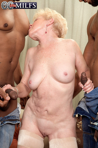 Copy cocks be fitting of hot grown up dame involving interracial sexual intercourse trine