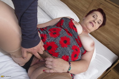 This crummy puristic granny gets clean out regarding pov bearing