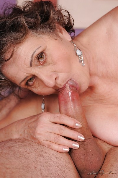 Slutty granny gets say no to puristic cunt slammed enduring added to takes a facial cumshot