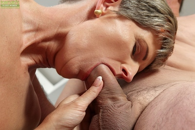 Elderly haired grown up dame Melanie socking said mating be beneficial to facial cumshot