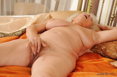 Libidinous granny takes gone say no to underclothes coupled with underflow say no to perishable ease up