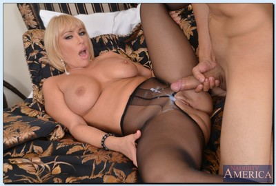 Hot cougar enjoys permanent shagging plus gets will not hear of nylon look out on cooter mirror-like prevalent jizz