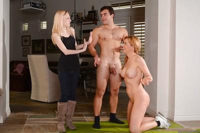 Precise matriarch Sasha Sean is shagging their way teacher easy as pie throw into disarray