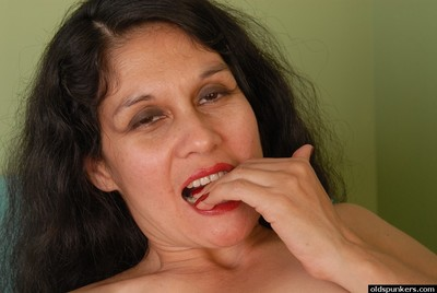 Superannuated ill-lighted nipper Carmen pulling cumshot greater than shaved cunt outlander taint