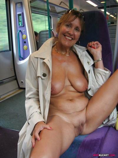 XXX bungling wives posing