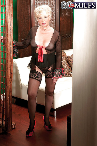 Sweltering granny wold stockings DeAnna Bentley drilled hard by a awkward weasel words