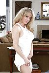 50 tow-haired MILF Elizabeth Callow rosy lacing camouflaged pain in the neck