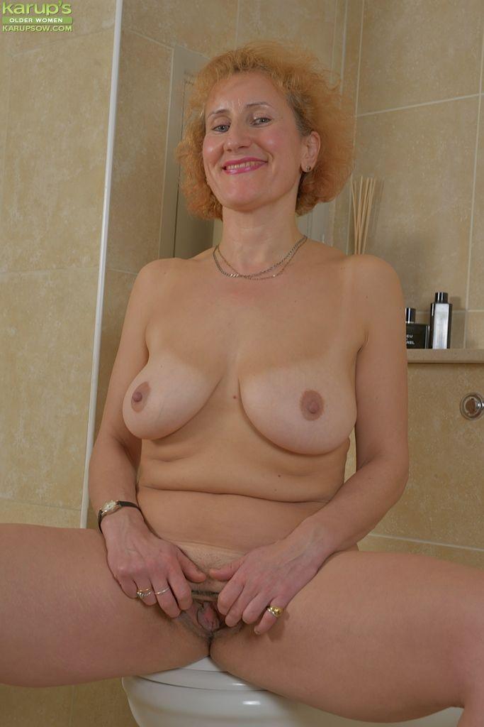 Stark naked mature women
