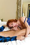 Big-boobed cougar Veronica Avluv prefers carrying-on round young fellows
