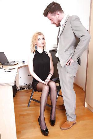 European office slut Anita Vixen gets fucked by her lovely boss