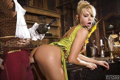 Hardcore cumshot on tits for busty cosplay pornstar Riley Steele