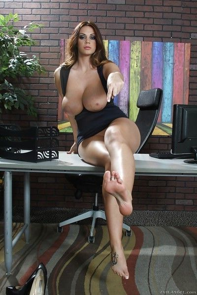 Pretty lady with huge tits and a big ass Alison showing her sexy feet