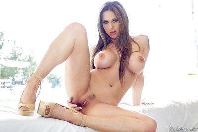 Busty MILF Rachel Roxxx taking cumshot on face after fucking large penis