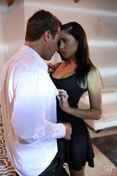 Naughty ariana marie rewards her man with stiffie ride
