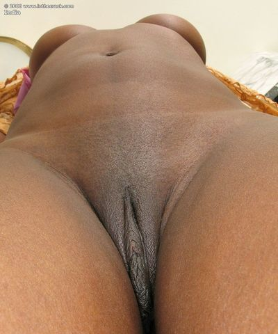 Horny slut India masturbates with dildo showing sexy closeup of ebony ass