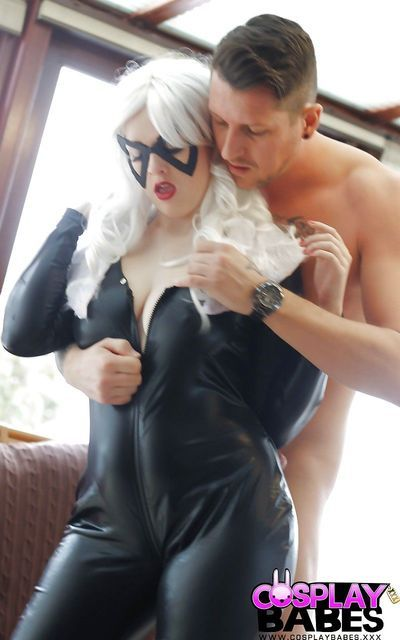Cosplay slut Jaye Rose in crotchless latex giving blowjob & fucking cowgirl