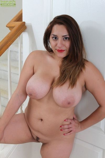 Aged plumper CeCe Giovanni revealing large boobs and spread vagina