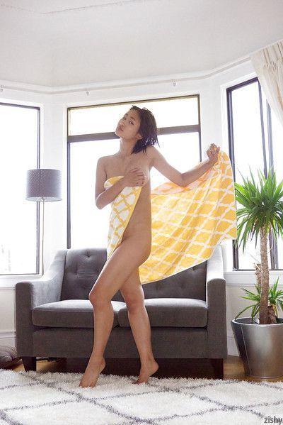 Curvy Asian amateur Saki Kishima showing her body while showering