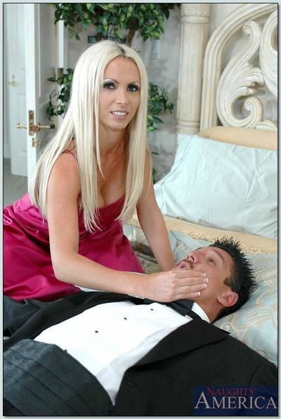 Busty blonde Nikki Benz joins newly married couple in hot orgy