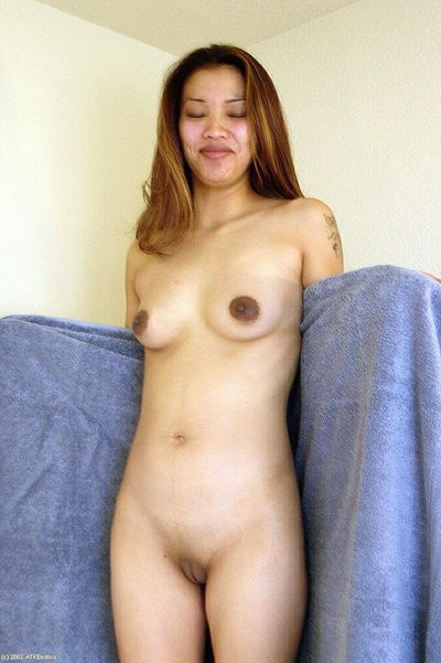 Asian amateur Nina displaying nice ass and bald cunt in and out of bathtub