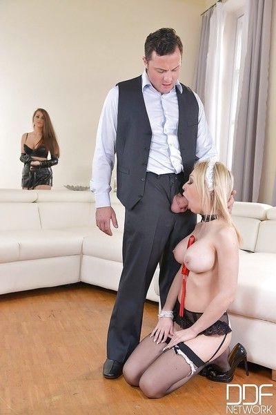 Blonde slit licks husband