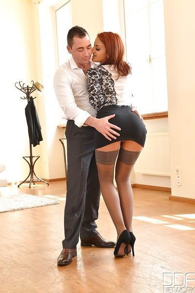Redhead fetish model Aylin Diamond doing naughty sex related things in hose