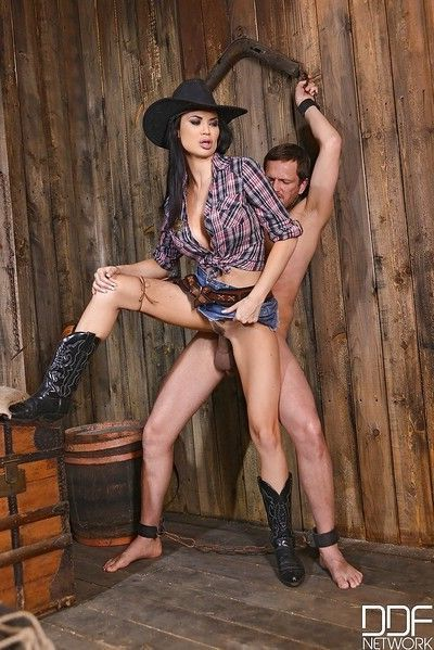 Buxom cowgirl Jasmine Jae take doggystyle fucking in pierced pussy
