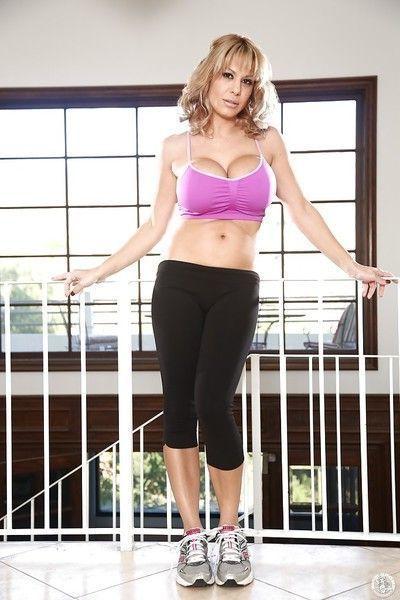 Big tit blonde MILF Alyssa Lynn showing her ass off in yoga pants