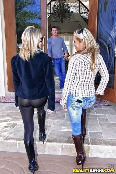 Classy reality milf jeans and boots fetish threesome fuck