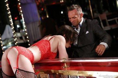 Horny striptease dancer Jennifer White gets her shaved cunt cocked up