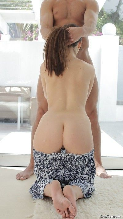 Sexy Lily Carter gives a deepthroat blowjob and gets fucked hardcore