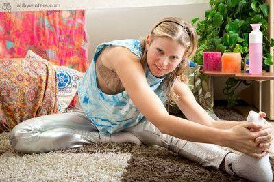Natural flexible teen girl