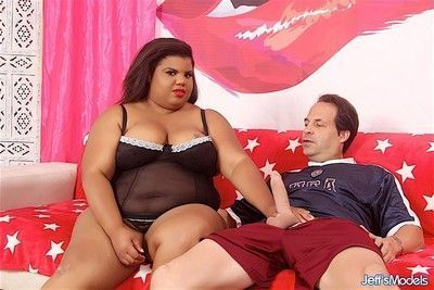 Chubby ebony bbw opens her plump pussy for her boyfriend and get