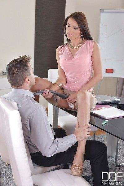 Stocking clad office worker Kitana Lure taking hardcore anal in high heels