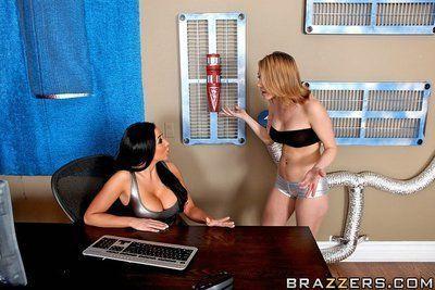 Voluptuous pornstar Audrey Bitoni gives a blowjob and gets drilled hard