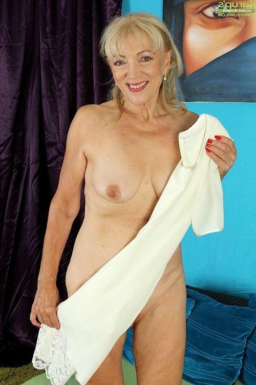 Janet Lesley